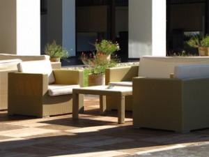Gartenmöbel müssen bequem und zweckmäßig sein